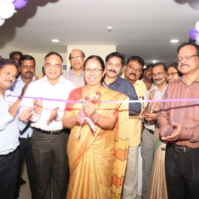 State Health Minister inaugurating state-of-the-art HINDLABS MRI & CT at SAT